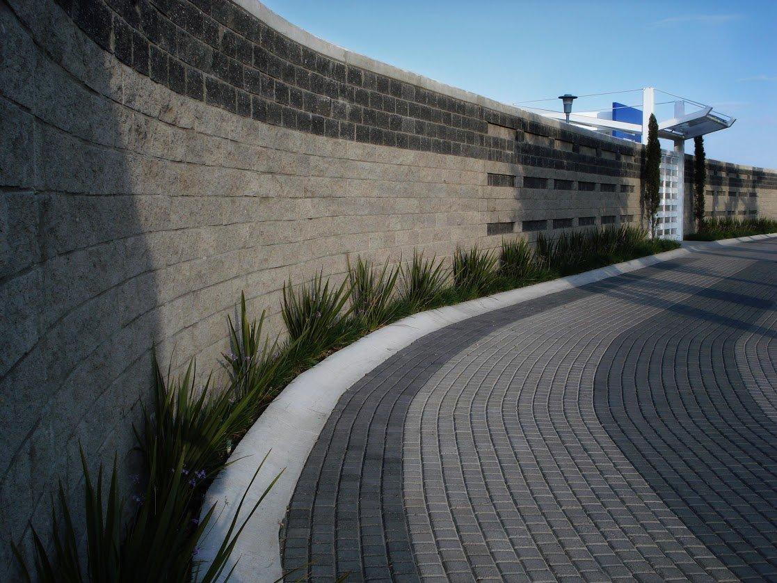 Universidad Aut?noma de Guadalajara Campus Santa Anita